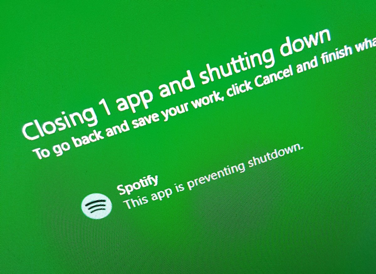 Hey @Spotify you can go close yourself automatically anytime I shutdown the system... That would be great thanks :) https://t.co/6qbiCasBSi