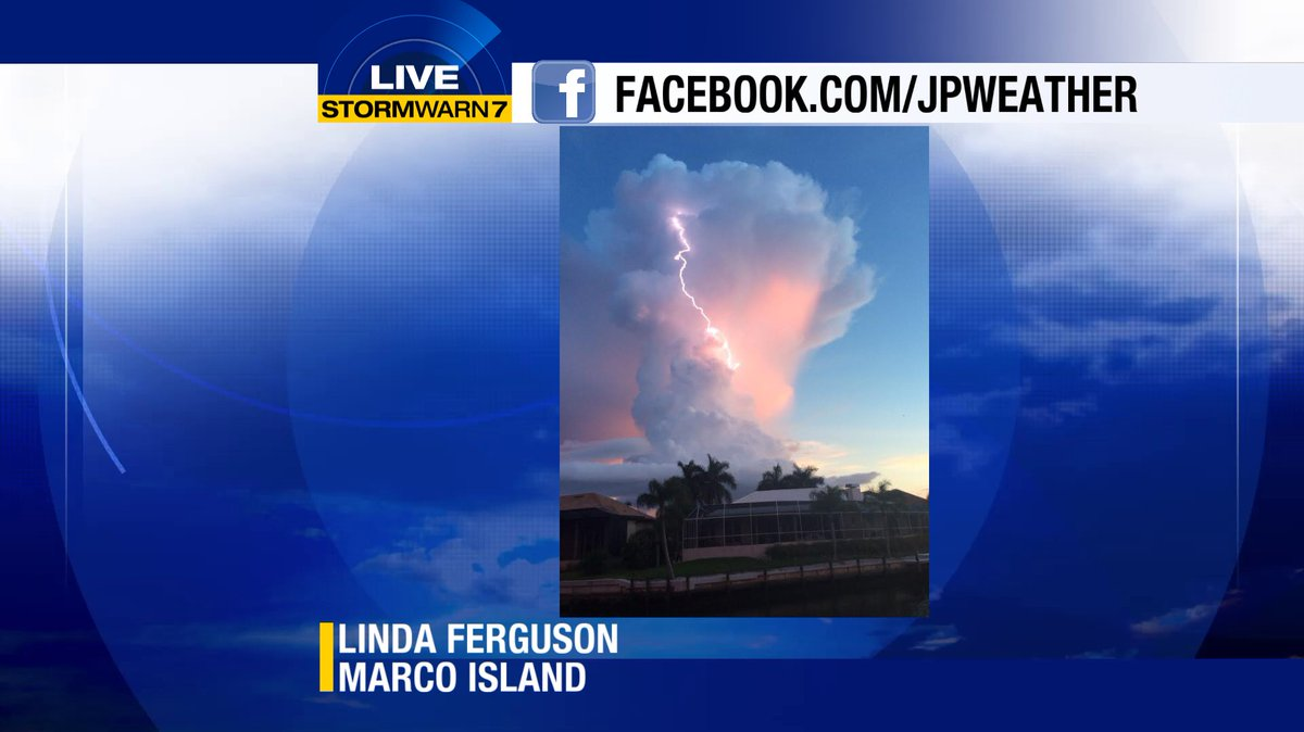 Fantastic shot of a thunderstorm passing south of #MarcoIsland from one of our viewers there. #SWFL https://t.co/mBsi6OTeKH