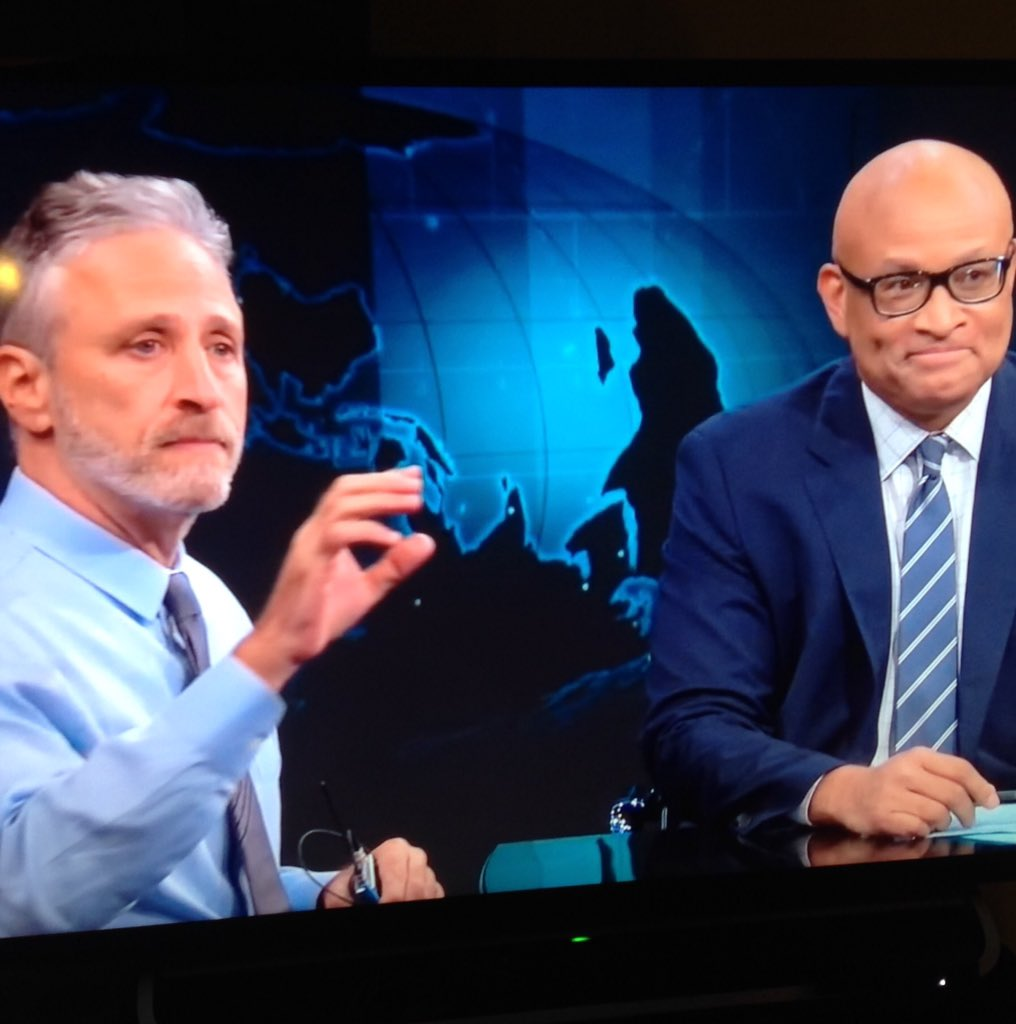 "Jon Stewart to @larrywilmore on last @nightlyshow ""Do not confuse cancellation with failure""- Larry visibly moved. https://t.co/mytNyjqpuk"