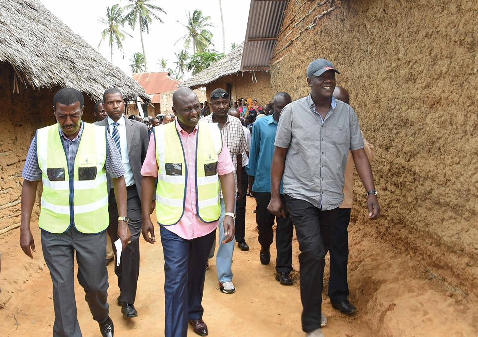 Photos of DP Ruto in coast that have left Kenyans divided