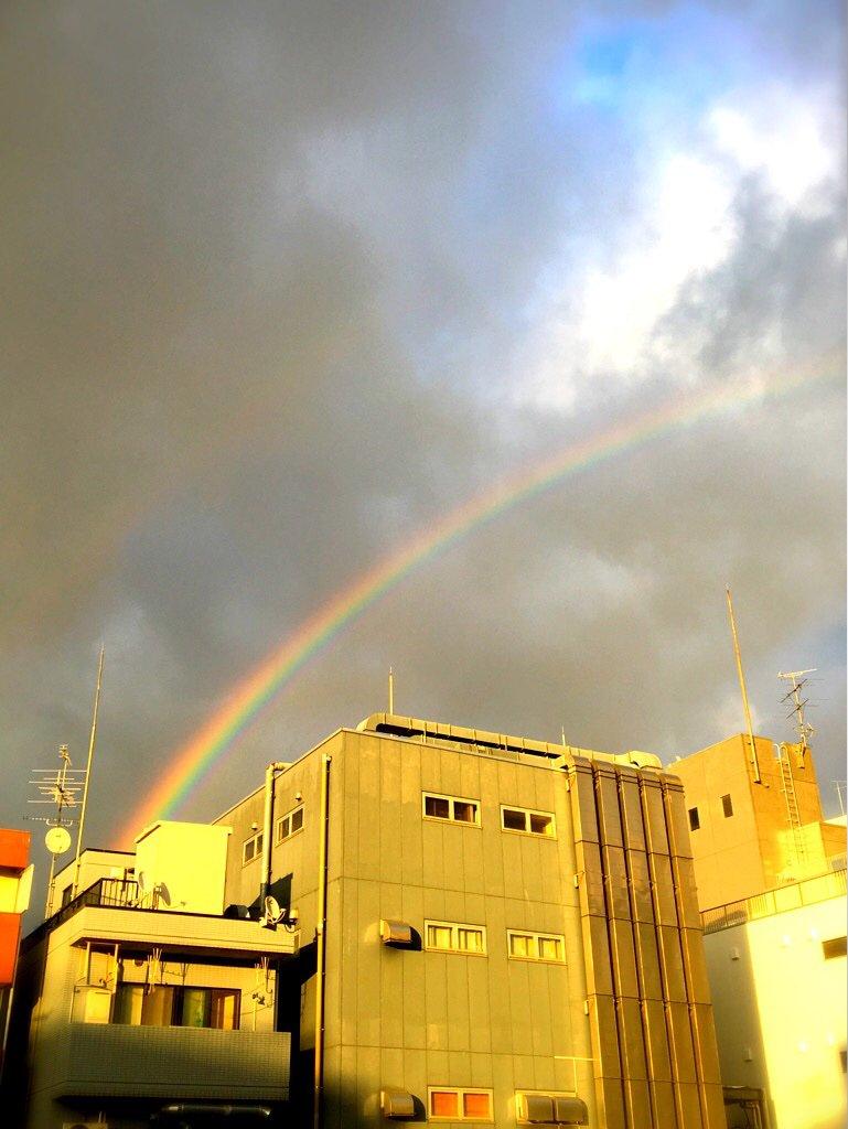 虹、見えた。 #mysky #恵比寿 https://t.co/z371pe4dn8