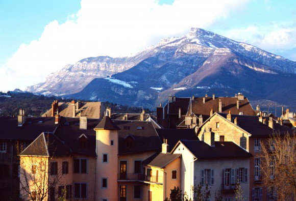 RT @sn26567: .@British_Airways launches new French Alpine route from @STN_Airport to Chambéry