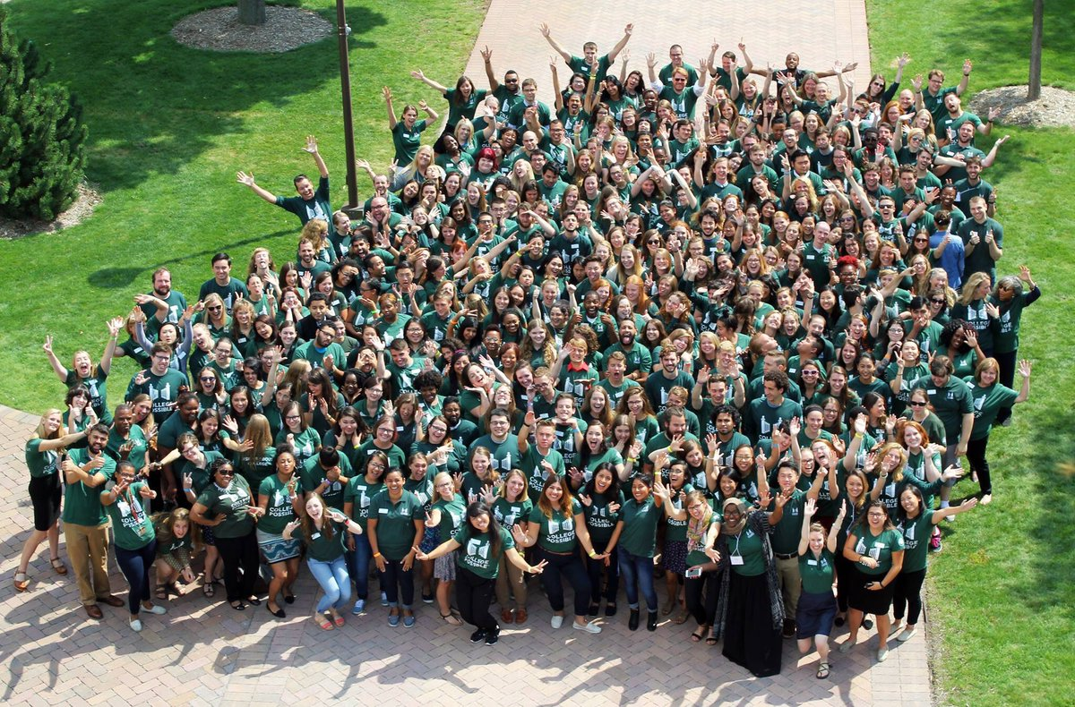 Meet the 400+ folks committed to closing the degree divide for low-income students this year. @CollPossible #EMchat https://t.co/y8zsrSF4WJ