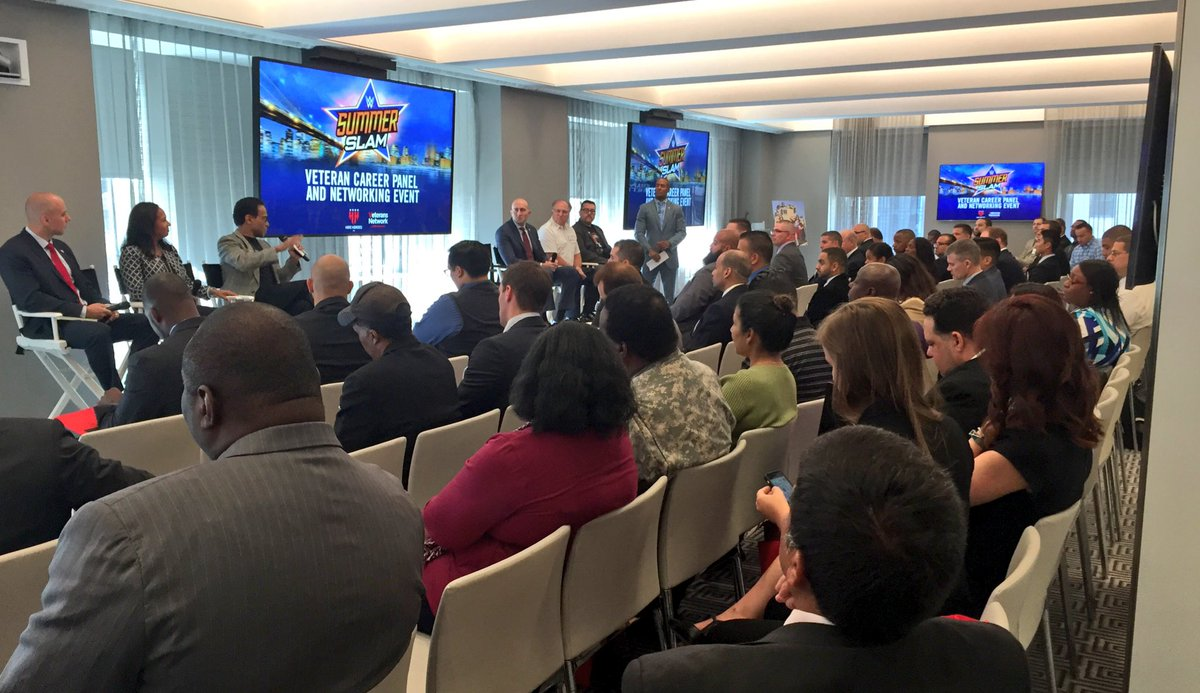 #Veteran Career Panel & Networking Event @NBCUniversal w/@WWE @WWECareers @WWECommunity @ComcastMilitary #military https://t.co/ShpauDgPYz