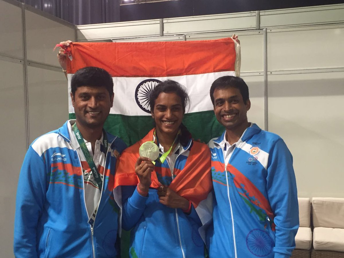 Hardwork,commitment & sacrifice of @Pvsindhu1 has been rewarded👍Can't forget the dedication of Gopichand & his team🙏