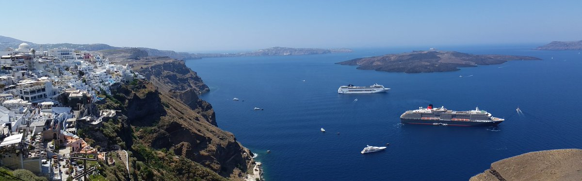 One of my favorites @CarnivalCorp for #WorldPhotoDay. @cunardline #QueenVictoria @ Santorini. https://t.co/ak56AgulU0