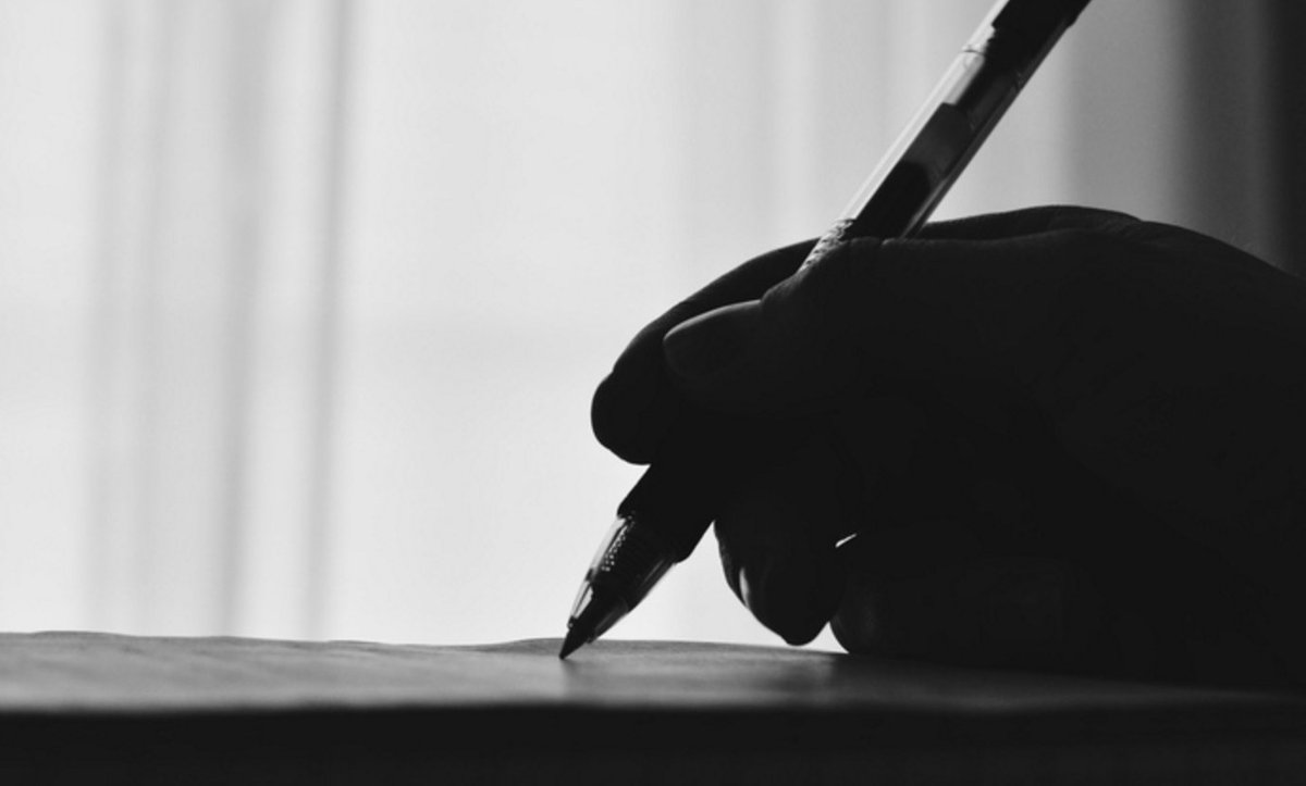 Perhaps you feel like doing some writing...? https://t.co/3sNwsoGDe8 https://t.co/aTsofvxqnd