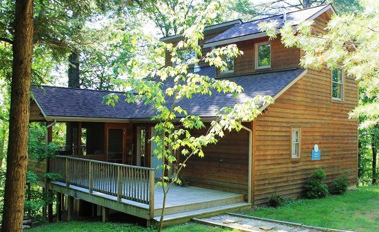 Cozy Virginia cabins are perfect for a quiet, private getaway via @VisitVirginia