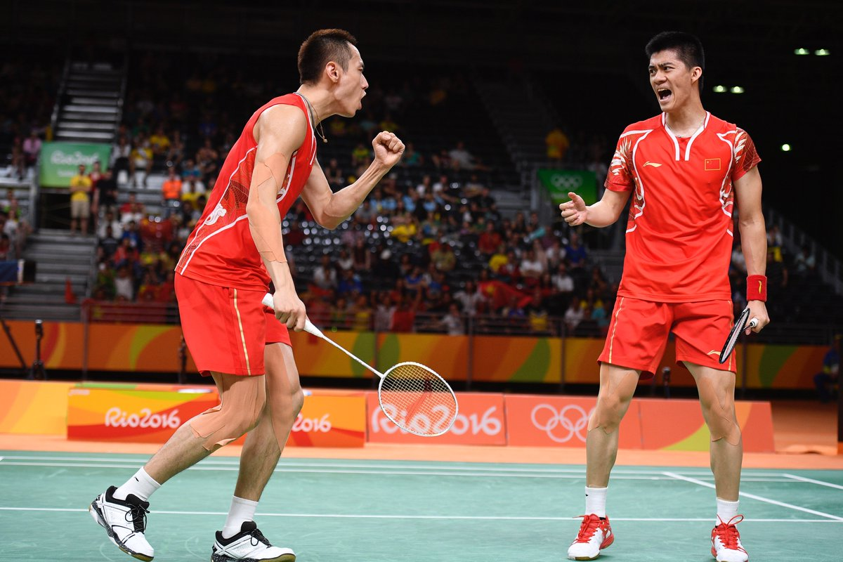 China s zhang nan and fu haifeng won the gold medal of men s