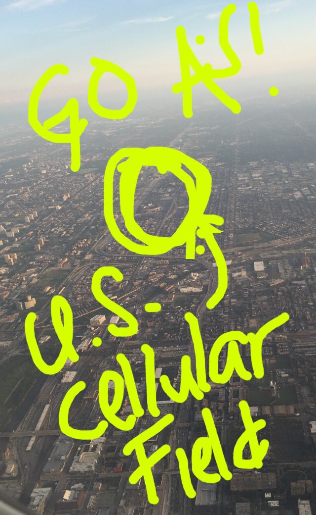 omw to continue my rehab assignment, asked the pilot to fly over the south side so I could wish the boys good luck! https://t.co/d1OFvsrbtg