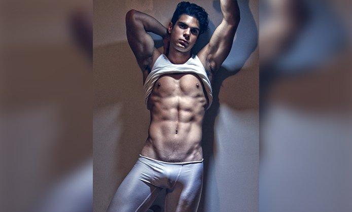 model RT @DNAmagazine: Julian Ramos...