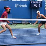 RT @CincyTennis: Mirza/Strycova, who just started playing together this wk, oust defending champs Chan/Chan to claim spot in final. https:/…