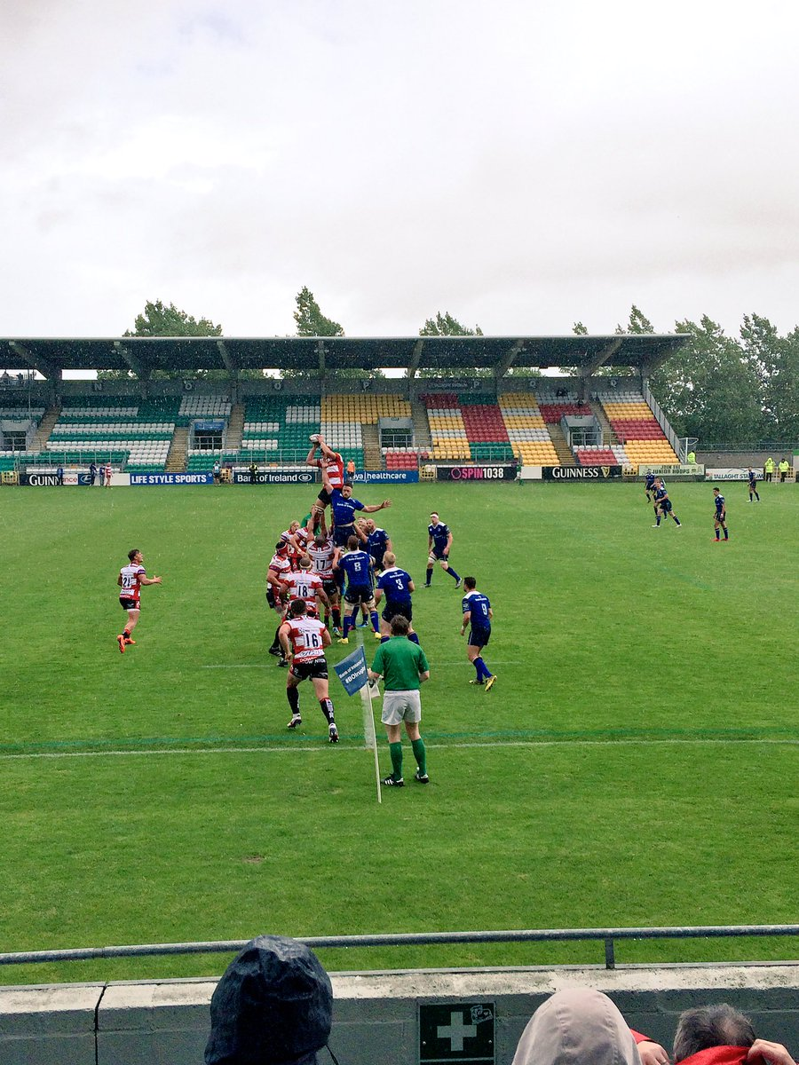 In windy & wet conditions today at Tallaght Stadium @leinsterrugby secured a 2 point win over @gloucesterrugby https://t.co/xAC3W9oDf0