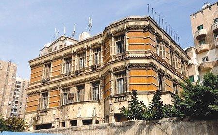 مبروك لمصر، فيلا شيكوريل فى اسكندرية اتهدت. الفيلا اتبنت سنة ١٩٣٠. #تراث_مصر https://t.co/Rj9Nl8PSby