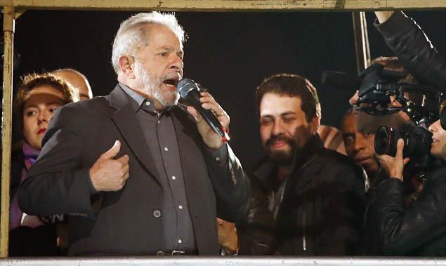 Raduan Nassar É triste ver o linchamento a que ex-presidente Lula é exposto