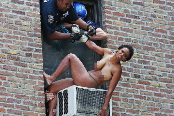 Hazlett police officer nudist wnna