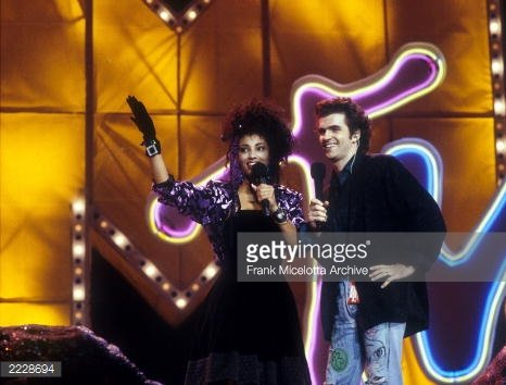 Memories of hosting the '87 #VMAs @MTV @MTVNews @MTVClassic @vmas  #80s #mtvmusicawards https://t.co/3R1qImA4rA