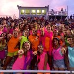 Dont be afraid to go crazy with neon!! This is how we want the dog house to look Friday night! https://t.co/mWqxYQECsk