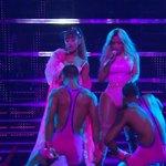 Ariana Grande and Nicki Minaj performing Side To Side #VMAs https://t.co/5vGk8oO3nQ