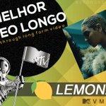 """RAINHA DA NOITE! Beyoncé também ganhou o prêmio de MELHOR VÍDEO LONGO com """"Lemonade"""". https://t.co/yrEDfpnidu"""