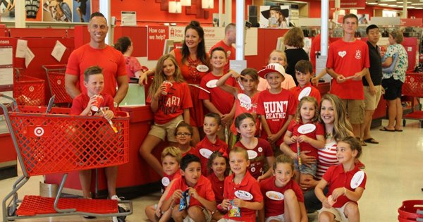 Cny mom throws targetthemed birthday party for son 7 at clay