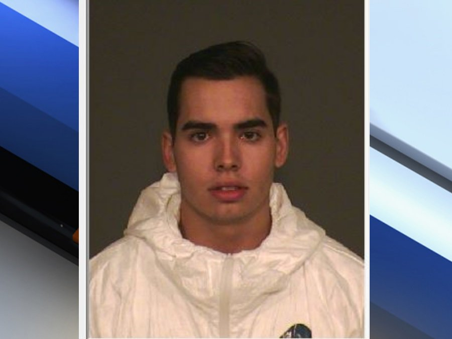 UPDATE: Gilbert PD say 21 YO Zachary Penton admitted to killing his roommate yesterday. https://t.co/OOvx7gIid2