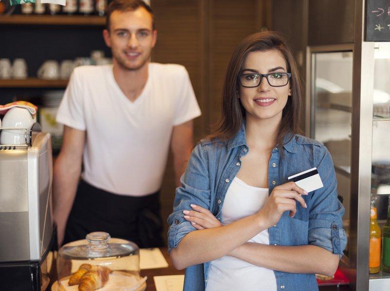 Professionnels, @BanquePopulaire permet à vos clients de payer avec #ApplePay https://t.co/kKQ9tegq2p https://t.co/O5Jykv5Nfb