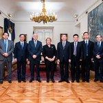 [Noticia] Canciller Muñoz acompañó a Pdta. Bachelet en audiencia con alcalde de Shanghái https://t.co/QMWtSZLvvU https://t.co/8kcKB0vp4z