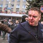 Четыре пронзительные истории, связанные с флагом Украины, — журналист (фото) https://t.co/ieZgeyWbXm https://t.co/TW5Sw5KtkW