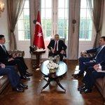 Başbakan Yıldırım, Macaristan Dışişleri ve Dış Ticaret Bakanı Peter Szijjartoyu Çankaya Köşkünde kabul etti. https://t.co/BNsEOIIYle