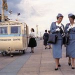 Lost in Brighton, better find a Brighton Promette. Super picture. Bet those Air Hostesses arent lost, https://t.co/G6dM6m7ftm
