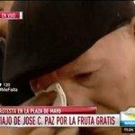 """#Frutazo """"Lo último lo quiero vivir como corresponde"""" dijo jubilado en Pza de Mayo. Tremendo https://t.co/uPMjLPpR8L https://t.co/yU9EsFcYrv"""