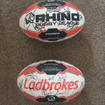 Would you like to win a Warrington Wolves or Hull FC signed CC ball..? RT for Wolves ❤️ for FC https://t.co/iZfhLo0f4E