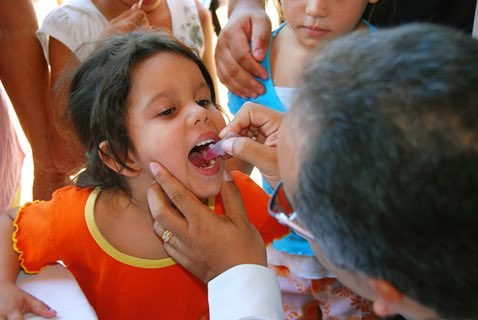 Today we mark 25 years without any cases of #polio in the Americas. Now we´re going for global eradication. #GetVax https://t.co/TCcL6Po7T1