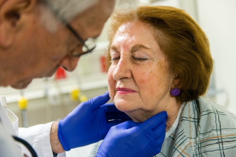 Great example of #senior-centered #health care via @KHNews https://t.co/Uh0mlXvy4l #Se ...