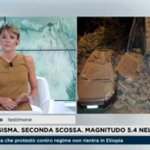 """In collegamento con il sindaco di #Amatrice: """"Persone sotto le macerie, il paese è bloccato"""" #terremoto @RaiNews https://t.co/YnSL4CHa0R"""