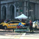 3 People Reported Critically Injured In Cab Collision At Market & Sutter/Sansome https://t.co/yoemBSffpL https://t.co/Tq5pg7Iii7