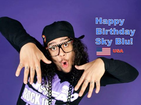 RT @WORLDMUSICAWARD: Happy 30th Birthday to #LMFAO's #SkyBlu!❤️????????????????????????????  @LMFAO https://t.co/YhjBJXW9zu