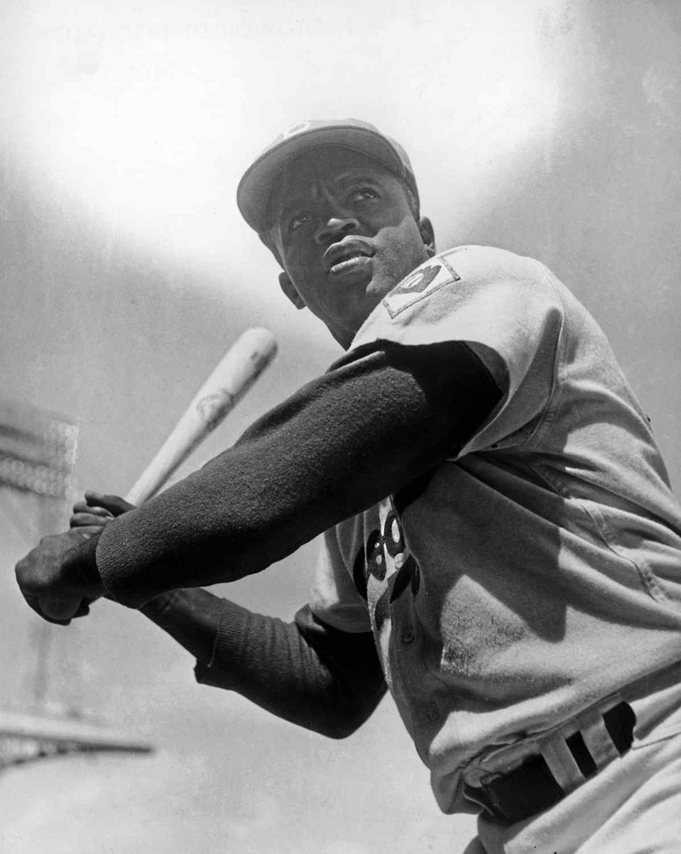 Part of 210 Freeway in Pasadena to be named after Jackie Robinson https://t.co/dYu7nO9p23 https://t.co/ABWvroKKjg