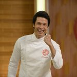 Leonardo vence terceira temporada do MasterChef #MasterChefBR https://t.co/jEvo31J00G https://t.co/3ZuHe4o2ja