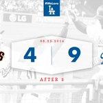 Lets go to the ninth! #Dodgers 9⃣, Giants 4⃣ ✋ https://t.co/6RdGb95gRu