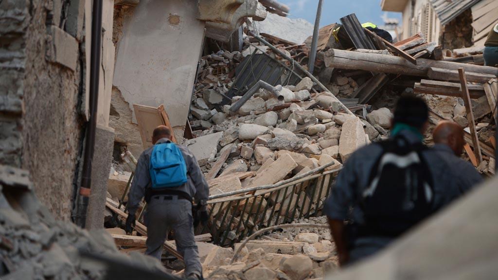 Terremoto en Italia deja 37 muertos y cientos de heridos - Imagen 2