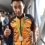 Welcome home our national hero, @LeeChongWei who grabbed a silver for the Mens Singles in Badminton at the #rio2016 https://t.co/s6L40Rn75T