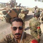 Cephedeki Türkmen kardeşlerimiz Türk askerleriyle birlikte. https://t.co/wNzJDZSV1c