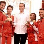 Tontowi, Liliyana, Sri Wahyuni dan Eko Yuli hebat sekali ya. Kompetisi berikutnya harus lebih banyak medali -Jkw https://t.co/7oN2tAuaWu