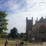 #Exeter looking good in the sunshine! 😊 🌞👍 #exetercathedral #Devon @ExpressandEcho @ExeterLiving https://t.co/bYAwrE4xdY
