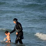 This businessman is paying the fines that women received for wearing burkinis in France https://t.co/2vjZIrcJdd https://t.co/0p4rbU5l7Q