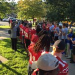 Vikings up early cheering on students as they arrive for their first day of school!! #Kingelementary @DMschools https://t.co/HHO6iutR3W