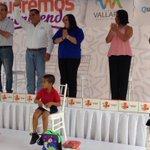 Ya iniciamos la entrega de útiles, mochilas, uniformes y zapatos a nuestras niñas y los niños de #PuertoVallarta. https://t.co/ibZqu0hTVc