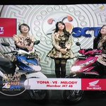 [PHOTO] @melodyJKT48 @veJKT48 @Yona_JKT48 Promosi All New BeAT eSP @welovehonda #JKT48コンサート誕生日お #hutsctv26 #26SCTV https://t.co/4ICOXWPBvl